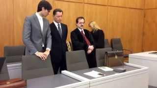 LG Essen lehnt Haftbeschwerde von Middelhoff ab. OLG muss entscheiden. (Video vom Tage des Urteils)