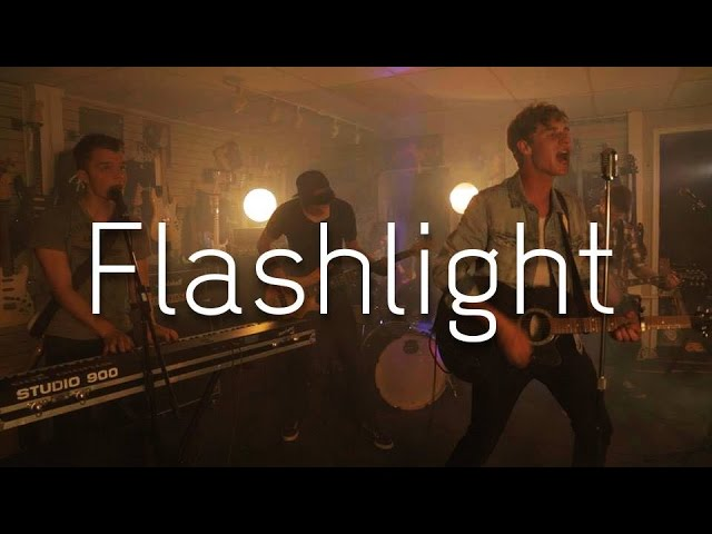 Flashlight - Jessie J (Pitch Perfect 2) - FM Reset Cover Chords ...