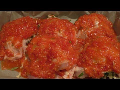 Очень сытно и безумно вкусно.Фаршированные сыром куриные бедрышки в аджике.