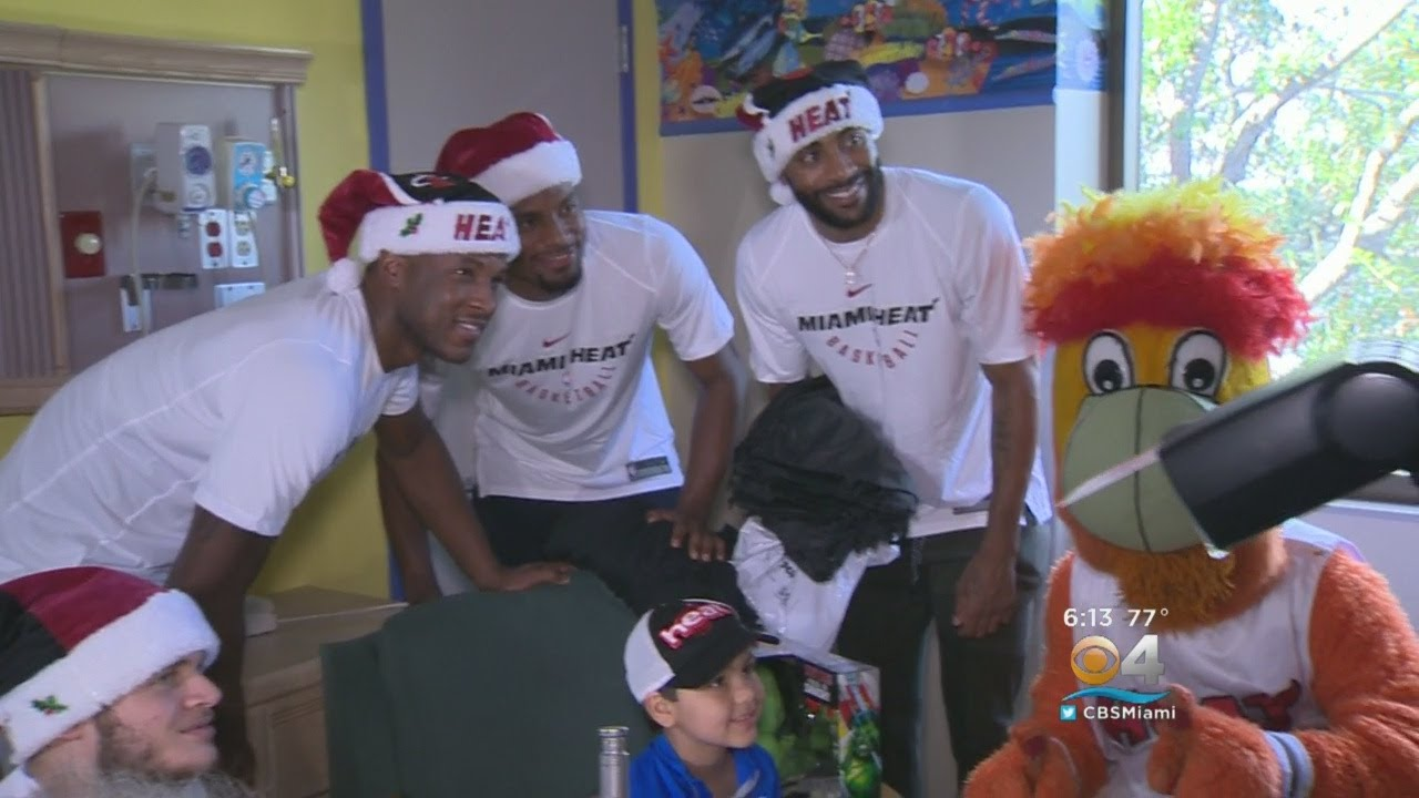 HEAT Players Spread Holiday Cheer