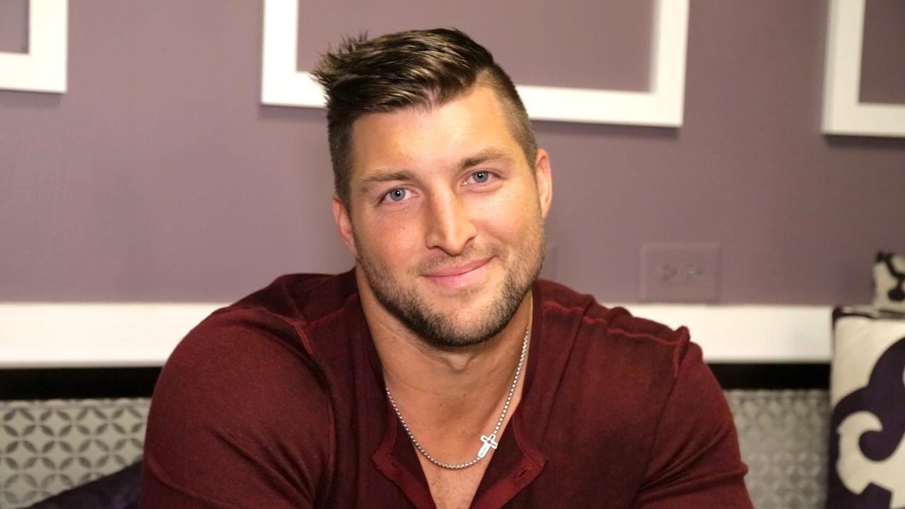 Tim Tebow Gushes Over His Dog Its Everything Right Now Youtube