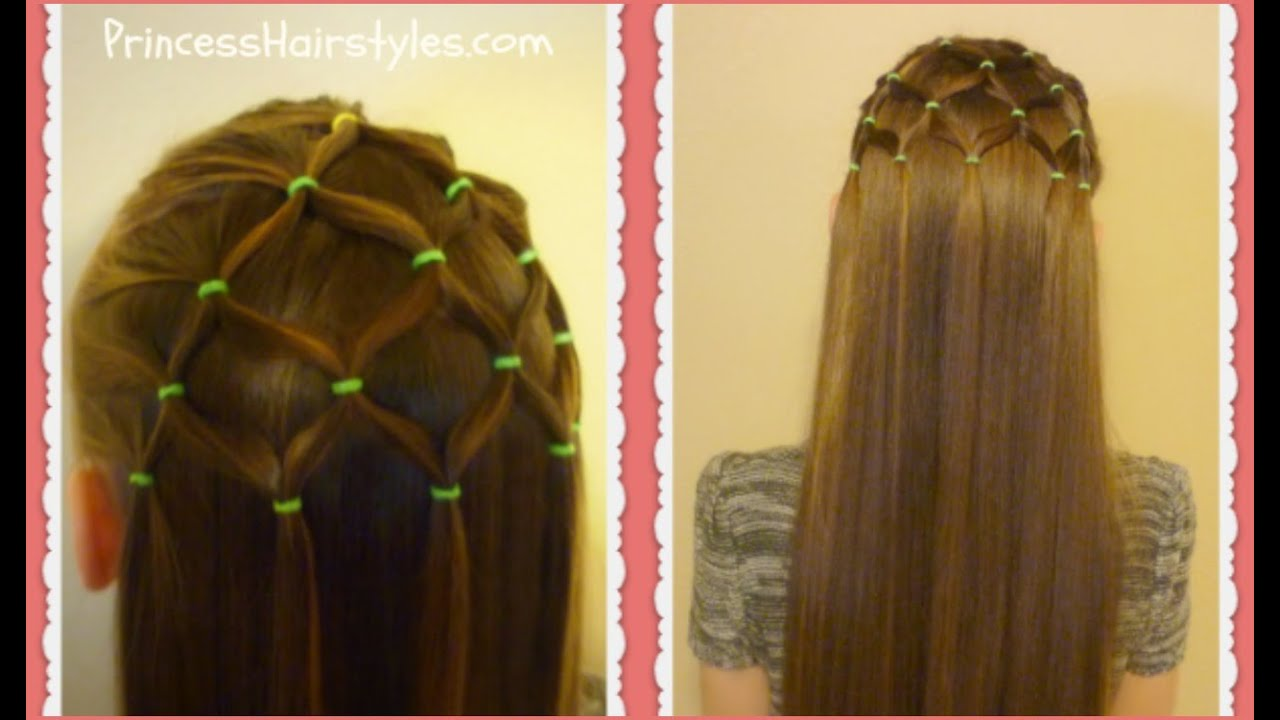 Elastic Tree Hairstyle Christmas Hairstyles