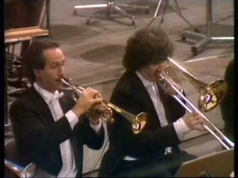 Saint Saens - Concerto n. 4 - 5 Ravel - Concerto in G - Pno A.Ciccolini