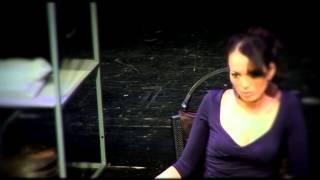 """А.Задорожная и О.Фомин в спектакле """"Жестокий урок"""""""