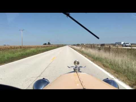 Driving my 1929 Model A Ford on Route 66 in Illinois