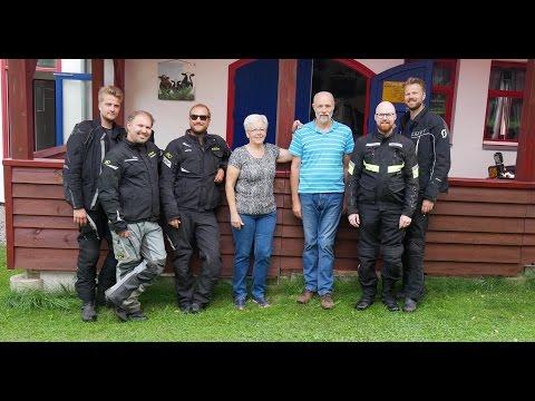 327 | Motorcycle Travel Documentary - De5 - 3/4