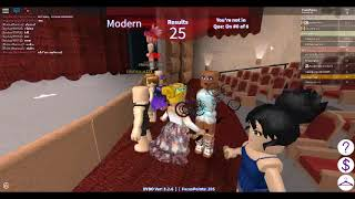 I MET A FAN IN ROBLOX DANCE YOUR BLOX OFF! :D
