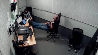 видео Сергей Доренко готовится к эфиру на радиостанции «Говорит Москва»