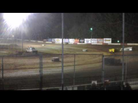 Late model main coos bay speedway 8-6-16