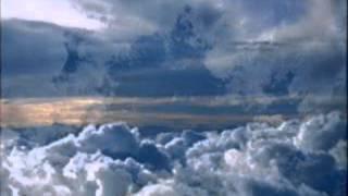 Высоко прогулка по облакам