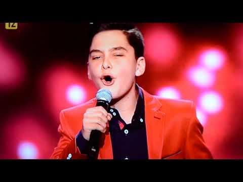 "Adam Kaczmarek  - ""Delilah""  na  Gali  Miss Supranational 2017."