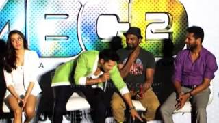 Prabhu Deva Was Started To Dance When Varun Dhawan Touched His Feet For Blessings