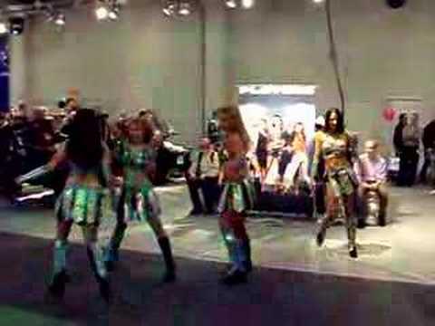 Helsinki Motor Show dance