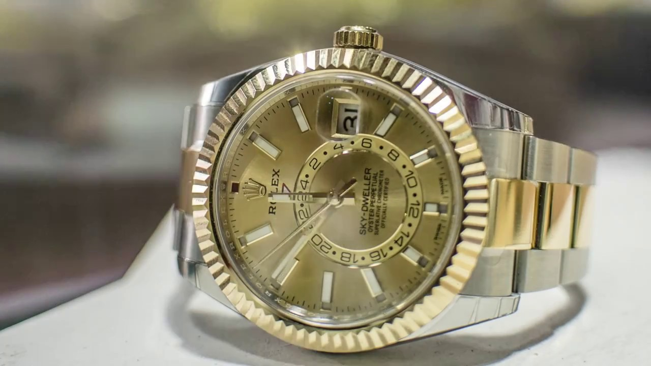 1739ca8eb How to Use the Rolex Sky Dweller - Video Review, Demonstration, and  Instructions