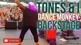 Baixar Tones and I - Dance Monkey (LIVE at Land of Plenty Festival)