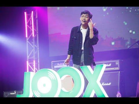 Ismail Izzani - Luar Biasa I #3mendousjoox Live Concert 2018