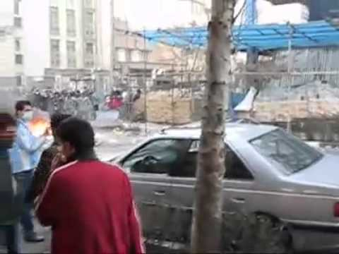 MUST SEE!! Iran - 14 Feb - We dont want islamic regime Independence, Freedom Iranian republic