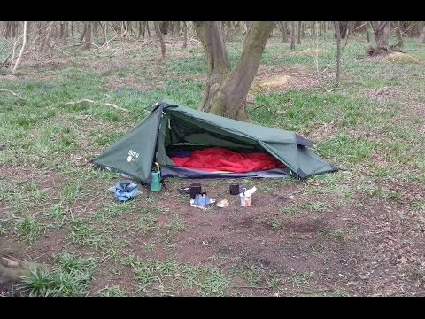 WILD CAMPING WITH THE GELERT SOLO TENT (3/4/17)