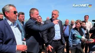 Сергей Аксенов проинспектировал керченский городской пляж и Аршинцевскую косу
