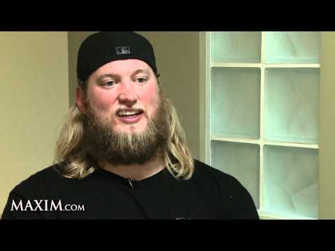 Maxim Exclusive: Talking Football with Nick Mangold