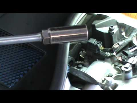 Changing Volvo 3.2L Spark Plugs
