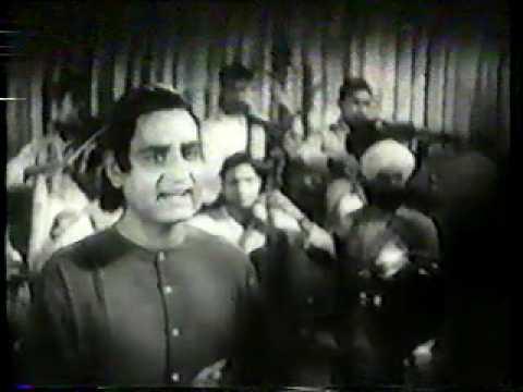 K.L.Saigal... (Street Singer)