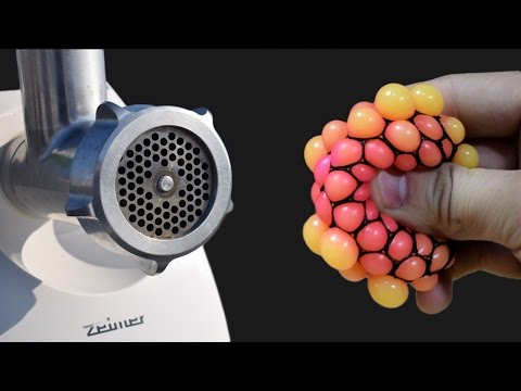 7 Simple Things vs Meat Grinder