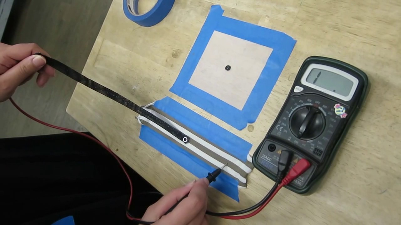 testing 3D printed conductive snaps with graphene PLA