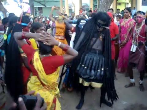 Sanganapuram Sametha Sri Mutharamman Dasara Group 2013 video