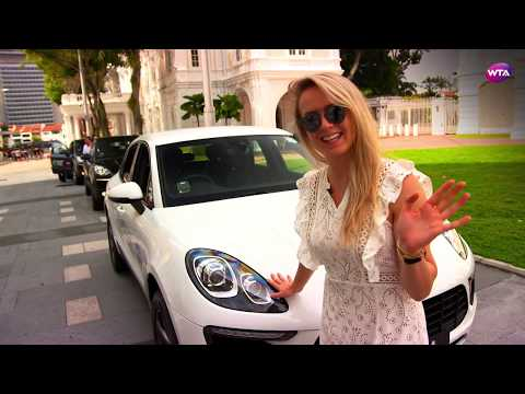 Elina Svitolina takes Porsche guided tour of Singapore