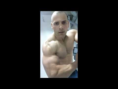 Bodybuilding ΔΑΥ TRAINING TRICEPS & CHEST