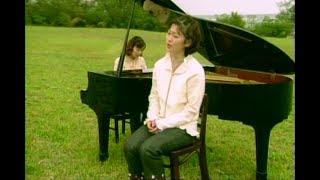 Kiroroのメジャーデビューシングル「長い間」のミュージックビデオ。199...