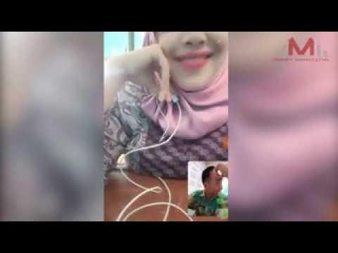 Bigo Live: Ibu Guru Cantik Sange, Perhatikan Nenennya