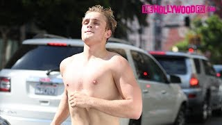 Jake Paul Goes For A Jog With No Shirt On With Chance, Anthony & Kade Of Team 10 8.1.17