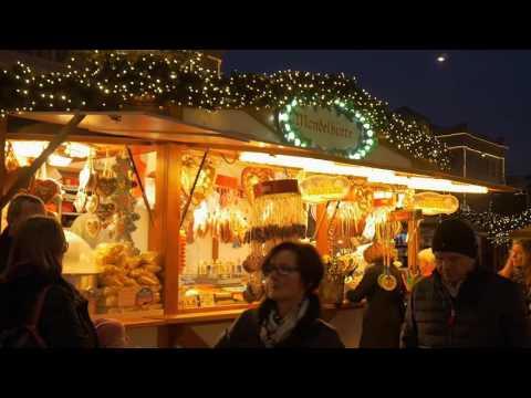 Hannover Weihnachtsmarkt (Christmas Market) Hauptbahnhof 2015