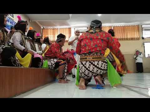 Lomba Karaoke Bag Keuangan RSU Ngudi Waluyo Wlingi