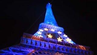 Paris - Tour Eiffel by Night(, 2009-04-04T15:27:11.000Z)