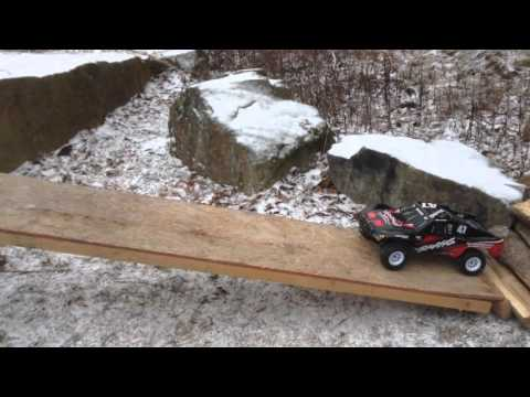 Traxxas Slash - Ultimate 4x4 / Obstacle Course