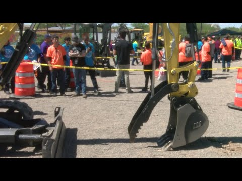 Students Take Part In 'Heavy Equipment Rodeo'