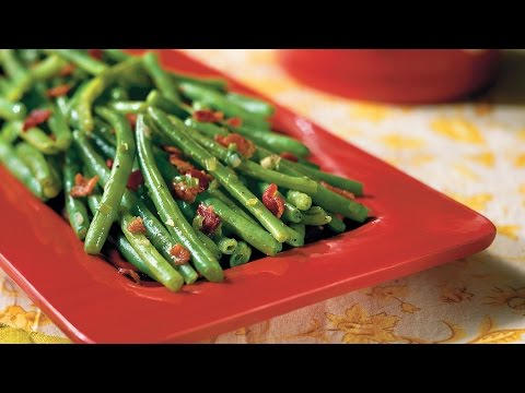 sautéed-green-beans-with-bacon-|-southern-living