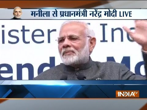 PM Modi addresses Indian community in Manila