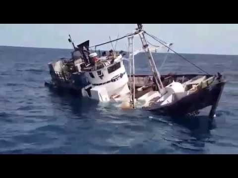 آخر اللحظات من عمر مركب الصيد بالخيط لالة ميمونة Youtube