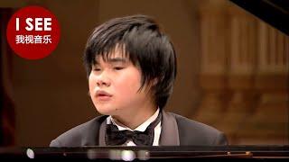 日本盲人钢琴家辻井伸行(Nobuyuki Tsujii)在卡内�...
