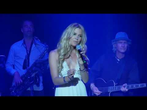 15. Joss Stone - It's A Man's Man's Man's World - Live At The Roundhouse 2016 (PRO-SHOT HD 720p)