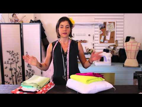 Making Curtains & Pillows - Match Your Curtain Style To Home Decor