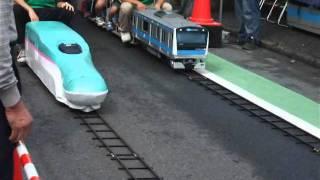 久喜工業高校製作ミニ電車(久喜市民まつり) - Gets on Mini train.