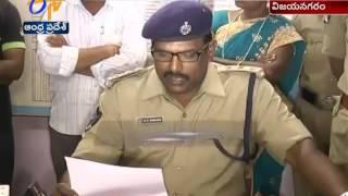 Police Arrests Currency Exchange Gang in Vizianagaram Dist