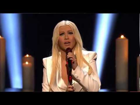 Christina Aguilera - Blank Page LIVE + speech (People's choice awards 2013)