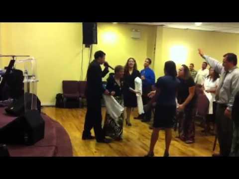 Evangelista Jaime Sanchez bajo la unción del Espíritu Santo