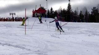 Föråkarna i andra åket slalom i U-14 banan på Lilla Världscupen finalen för Norrland 2017